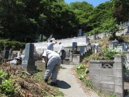 関東平成墓地清掃会の仕事イメージ